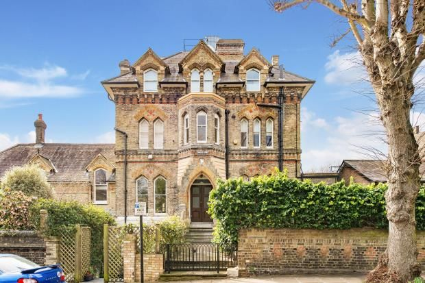 Thumbnail Maisonette for sale in Lyndhurst Terrace, Hampstead Village, London
