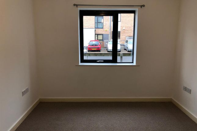 Thumbnail Flat to rent in Hulton Square, Salford