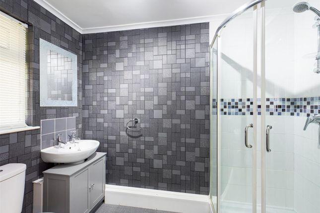 Shower Room of Stravinsky Road, Basingstoke RG22