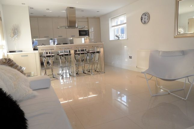 Thumbnail Flat to rent in Tythe Barn Lane, Dickens Heath, Shirley, Solihull