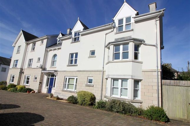 Thumbnail Flat for sale in Agincourt Square, Monmouth