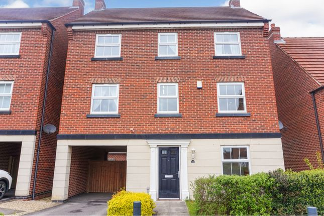 Thumbnail Detached house for sale in Blenkinsop Way, Leeds