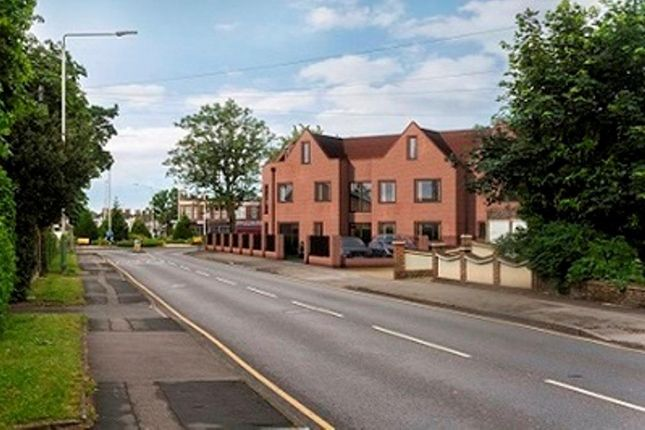 Thumbnail Flat to rent in Geddy Court, Hare Hall Lane, Gidea Park, Romford