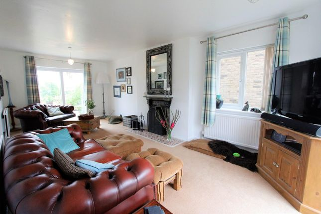 Lounge (3) of Station Road, Castle Bytham, Grantham NG33