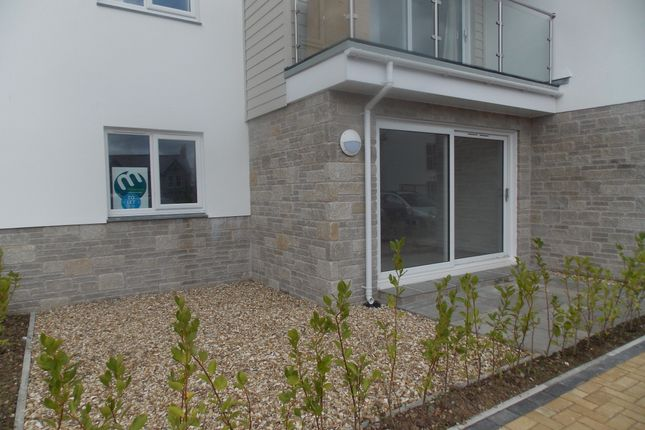 Thumbnail Flat to rent in Lynwood Gardens, St Austell, Cornwall