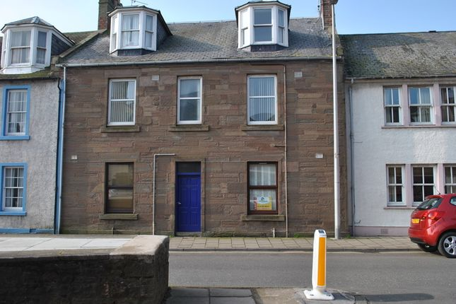 Thumbnail Flat to rent in Marketgate, Arbroath
