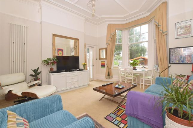 1 bed flat for sale in Mill Road, Worthing, West Sussex