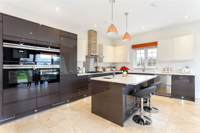 Picture No. 10 of Priest Hill Close, Epsom, Surrey KT17