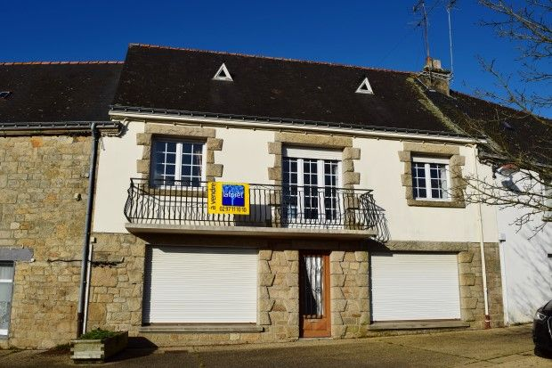 Thumbnail Terraced house for sale in 56160 Lignol, Morbihan, Brittany, France