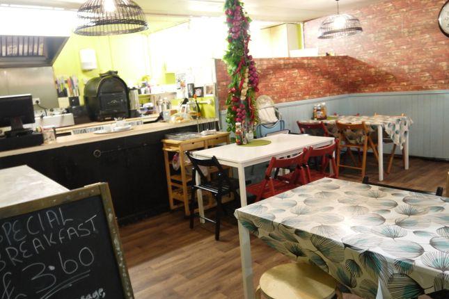 Restaurant/cafe for sale in Cafe & Sandwich Bars LS2, West Yorkshire