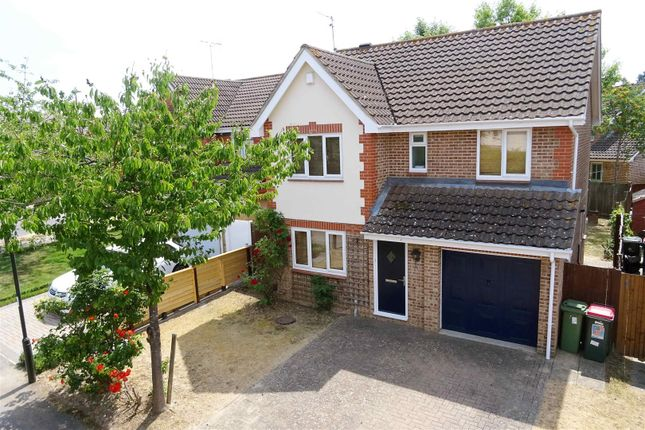 Thumbnail Detached house to rent in Fenchurch Road, Maidenbower, Crawley