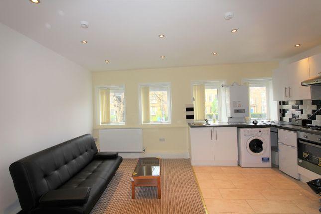 Studio to rent in South Bar Street, Banbury OX16