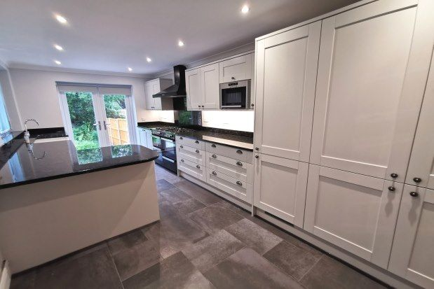Thumbnail Terraced house to rent in Mumbles Road, Swansea