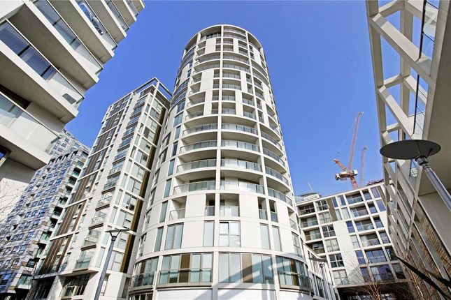 Thumbnail Flat for sale in Trinity Tower, 28 Quadrant Walk, Canary Wharf