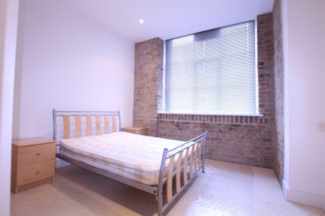 Thumbnail Flat to rent in Thrawl Street, Whitechapel