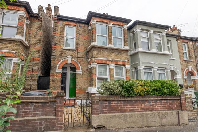 2 bed flat for sale in Francis Road, London E10