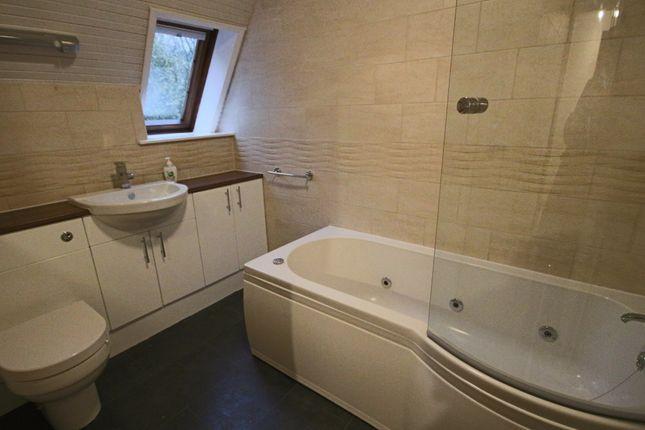 Family Bathroom of Castle Walk, Penwortham, Preston PR1