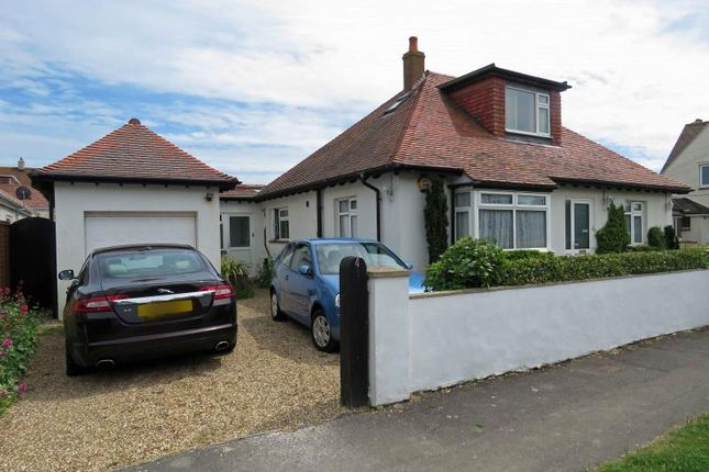 Thumbnail Property for sale in Chichester Avenue, Hayling Island