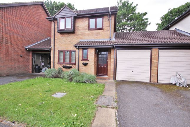 3 bed terraced house to rent in Bullrush Grove, Uxbridge, Greater London