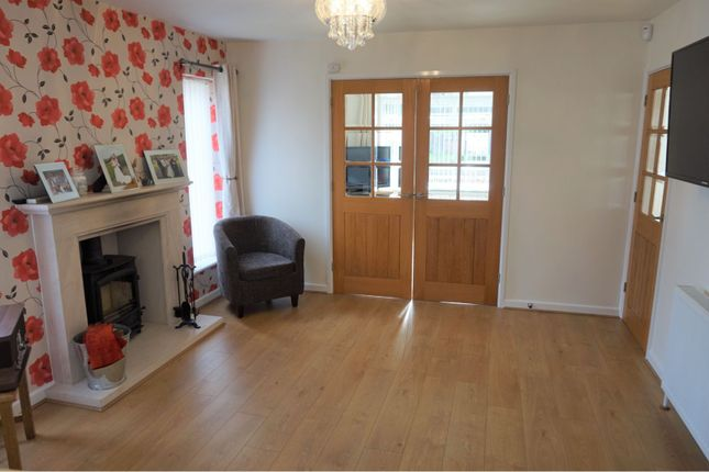 Family Room of Highclere Avenue, Swindon SN3