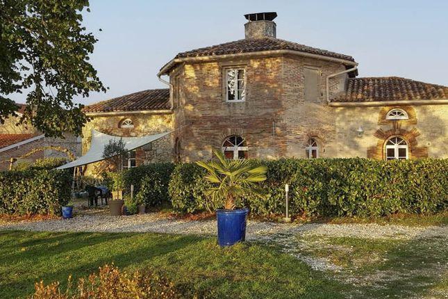 Thumbnail Villa for sale in St Martin De Coux, Charente-Maritime, Nouvelle-Aquitaine