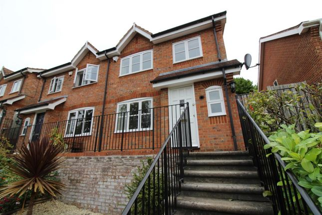 3 bed semi-detached house to rent in Tredegar Road, Emmer Green, Reading RG4