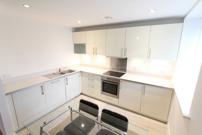 Thumbnail Flat to rent in Spectrum Apartments, Blackfriars Road, Manchester