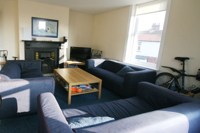 Thumbnail Maisonette to rent in Audley Road, Gosforth, Newcastle Upon Tyne