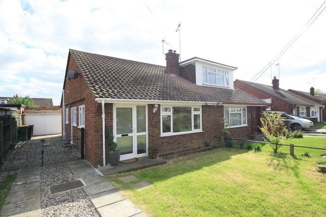 Thumbnail Bungalow to rent in Central Avenue, Ashingdon, Rochford