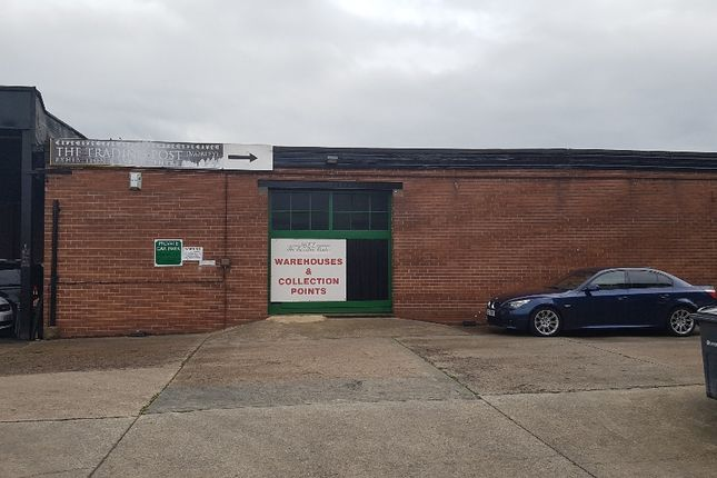 Thumbnail Warehouse to let in Queen Street, Morley