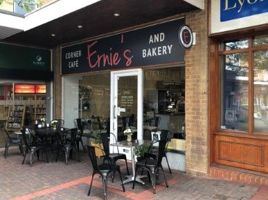 Restaurant/cafe for sale in High Street, Knaphill, Woking