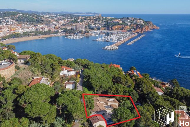 Thumbnail Villa for sale in Sant Elm, Sant Feliu De Guixols, Costa Brava, Catalonia, Spain