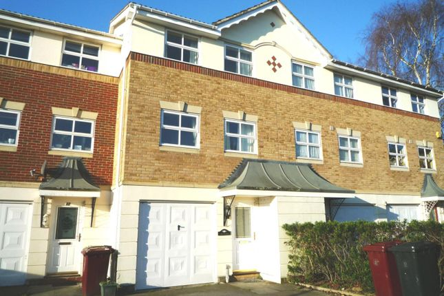 Thumbnail Town house to rent in Harvester Close, Chichester