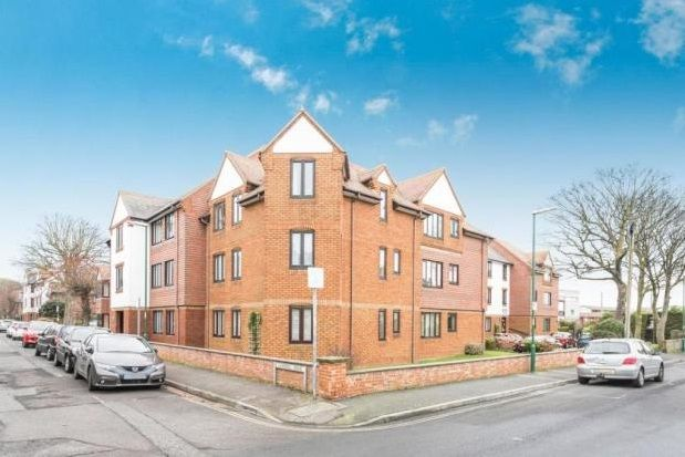 Thumbnail Flat to rent in Campbell Road, Bognor Regis