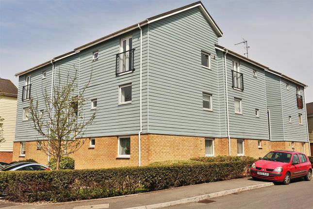 Thumbnail Flat for sale in Follager Road, Rugby