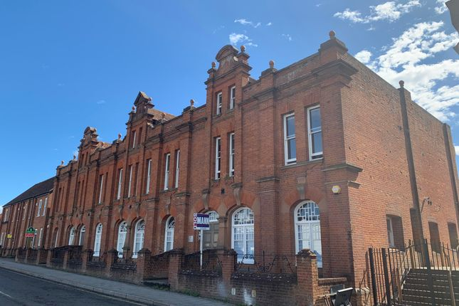 Thumbnail Flat to rent in Station Road West, Canterbury