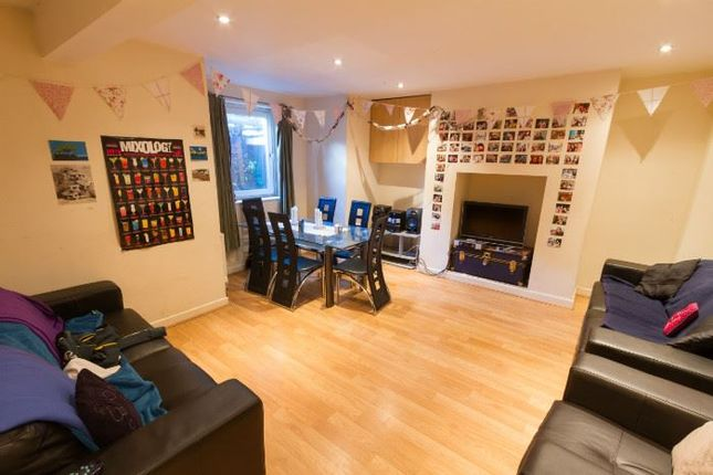 Thumbnail Terraced house to rent in Brudenell Road, Leeds, West Yorkshire