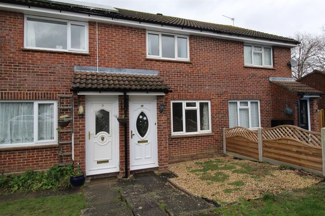 Thumbnail Terraced house to rent in Titchfield Close, Tadley