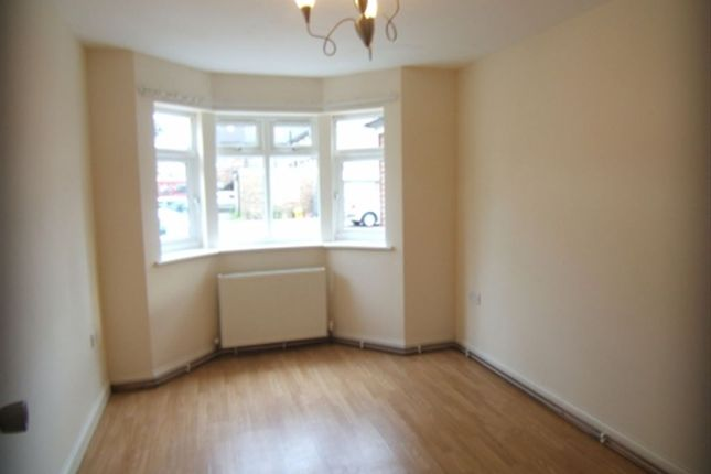 1 bed flat to rent in Feltham Road, Ashford, Middx