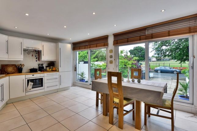 Thumbnail Detached house for sale in Bishopswood Road, Highgate, London