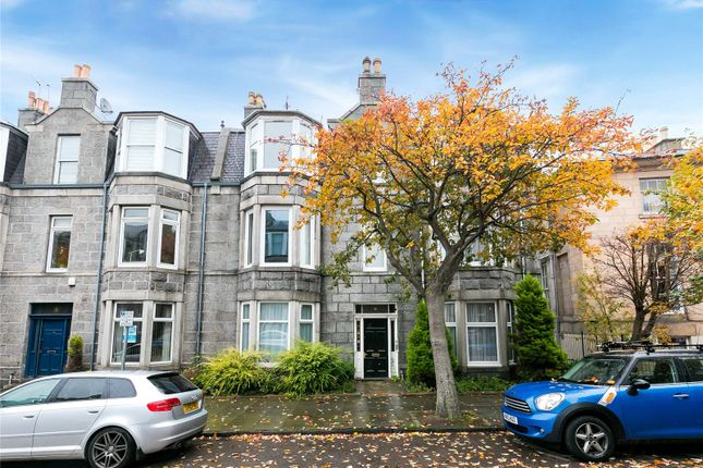 Thumbnail Flat to rent in 16 Great Western Place, Aberdeen