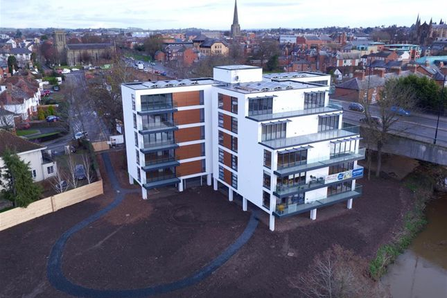 Thumbnail Flat for sale in Greyfriars Avenue, Hereford, Herefordshire