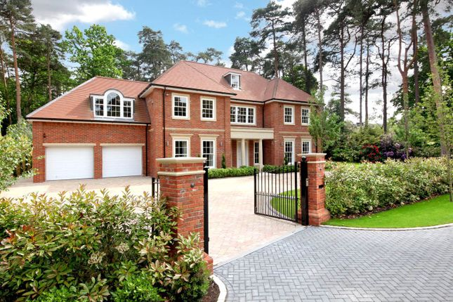 Thumbnail Detached house for sale in 3 The Glade, Ascot, Berkshire