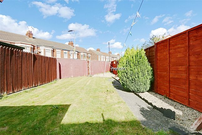 Picture No. 08 of Southcoates Lane, Hull, East Yorkshire HU9