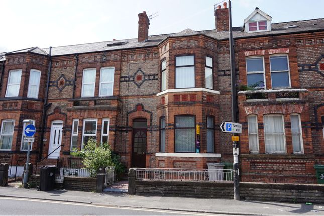 Thumbnail Flat to rent in 35 Gloucester Road, Manchester