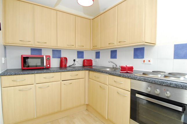 Thumbnail Flat to rent in Camden Street, Plymouth