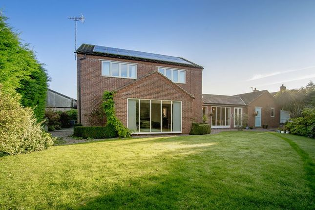 Thumbnail Detached house for sale in Beck Lane, Clayworth, Retford