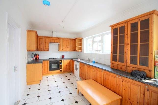 Thumbnail End terrace house to rent in Hampton Road, Ilford