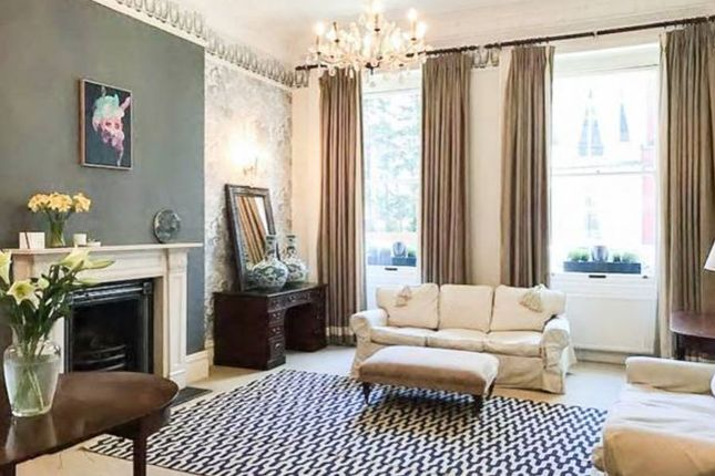 Thumbnail Duplex to rent in Palace Gate, Kensington