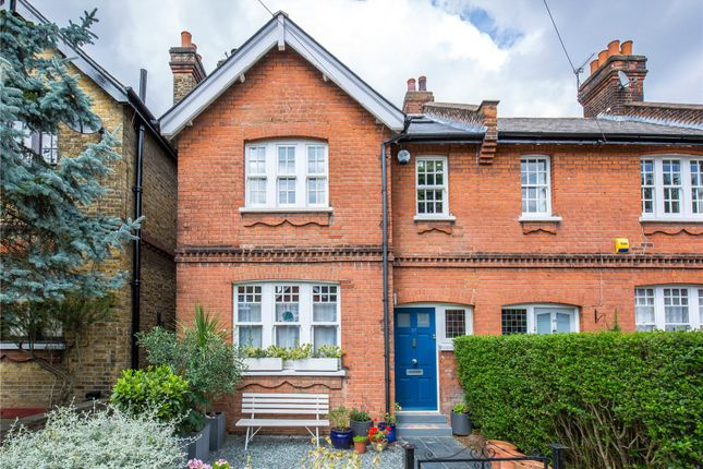 Thumbnail End terrace house for sale in Hawthorn Road, Crouch End, London